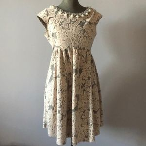 Thyme Maternity pearl jewel lace dress